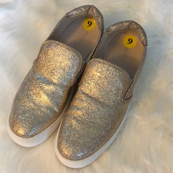 Kenneth Cole blush slip in loafers EUC